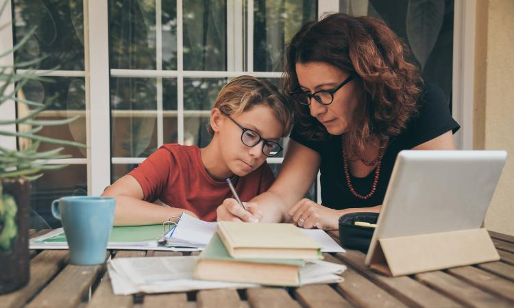 main of How Can I Tell If Should Home School My Child?